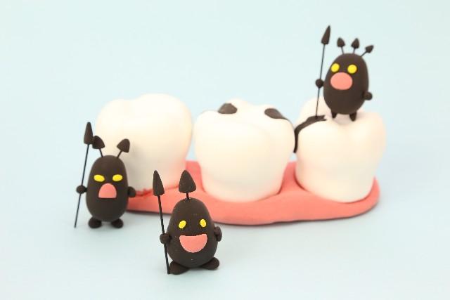 三つ子の虫歯も百まで?虫歯になりにくいかは3歳までに決まる!