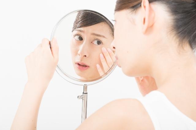 乾燥肌・脂性肌・敏感肌・混合肌あなたはどのタイプ?お肌にあった化粧品3選