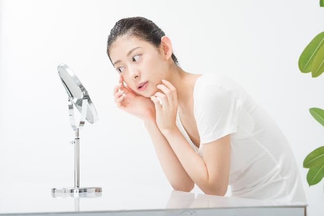 乾燥肌は老化を早める!お肌が乾燥する時のスキンケア方法はコレだ!